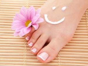 How Make Avocado Scrub Soft Feet