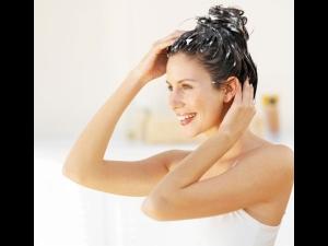 How Treat Dull Hair Using Jasmine Oil Hair Mask