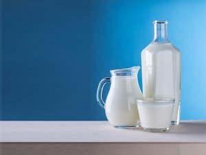 What Is Kefir? Its Types, Benefits And How To Make It