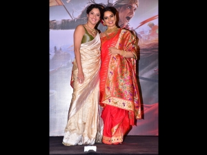Ankita Lokhande A Sari At The Trailer Launch Manikarnika