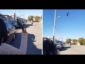 Video Alert Hilarious Video Of Mum Hitting Her Daughter With Flip Flop