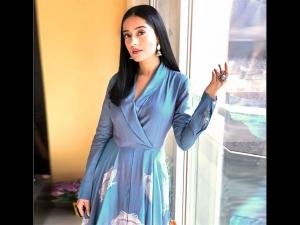 Amrita Rao S Blue Maxi Dress Thackeray Promotions