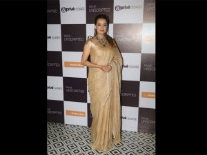Dia Mirza A Linen Sari At The Screening Weinstein The Inside Story