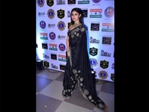 Mouni Roy A Printed Sari At The Lion Gold Awards