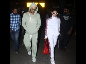 Alia Bhatt Ranveer Singh Spotted Tracksuits At The Airport