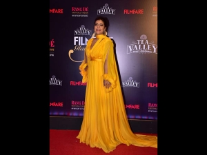 Kajol A Yellow Gown At The The Filmfare Glamour Style Awards