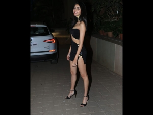 Ananya Panday A Black Dress At Punit Malhotra S Valentine S Day Bash