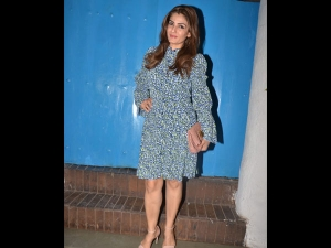 Raveena Tandon Spotted A Sequinned Dress With Chunky Bhavna Pandey