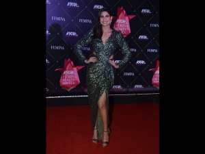 Aahana Kumra An Embellished Gown At The Nykaa Femina Beauty Awards