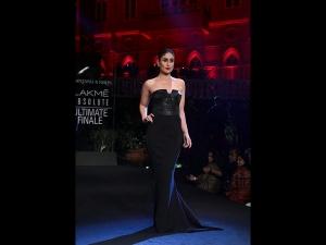 Kareena Kapoor Khan S Showstopper Look At Lfw Sr