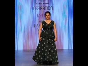 Shikha Talsania S Showstopper Ikat Dress The Fdci S India Fashion Week