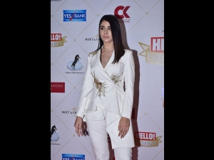 Warina Hussain An Ivory Pantsuit The Hello Hall Fame Awards