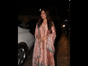 Sonakshi Sinha In A Printed Suit For Kalank Screening