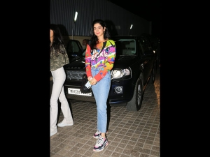 Khushi Kapoor Spotted In A Sporty Look At The Kalank Screening