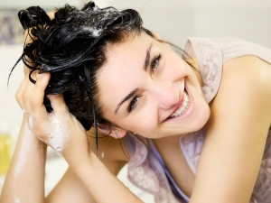 How To Wash Hair In The Right Way