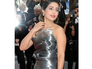 Hina Khan In A Stunning Dress At Cannes