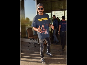 Ranveer Singh Flaunts His Pulp Fiction Tee At The Airport