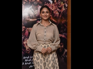 Mrunal Thakur Spotted In A Patterned Outfit At Super 30 Event