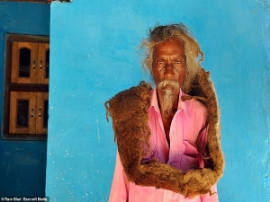Indian Man Has Not Washed His Hair For 40 Long Years