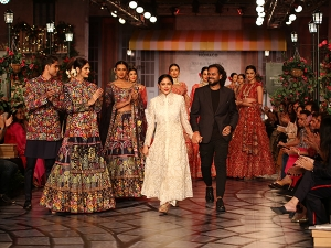 Rahul Mishra S Show At The Fdci India Couture Week