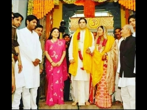 Maneka Gandhi S Sari Was Woven By Pandit Nehru In Jail