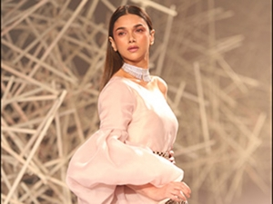 Aditi Rao Hydari Was The Showstopper In Her Chic Attire For Pankaj And Nidhi