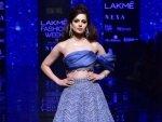 Kangana Ranaut S Stunning Avatar At The Lakme Fashion Week Winter Festive