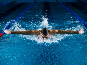 How Does Butterfly Swimming Stroke Help In Weight Loss
