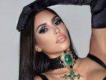 Kim Kardashians 90s Inspired Makeup