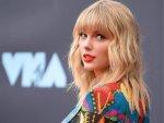 Taylor Swift S Red Lip Look At Vmas