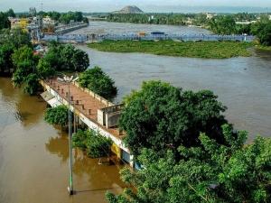 Collection Centres For Flood Hit Karnataka And Kerala States