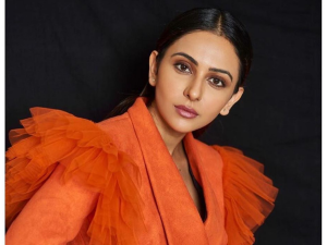 Recreate Rakul Preet S Cnbc Panel Discussion Makeup Look
