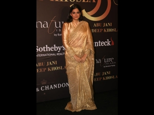 Rhea Kapoor In A Traditional Sari For The Abu Jani Sandeep Khosla Show