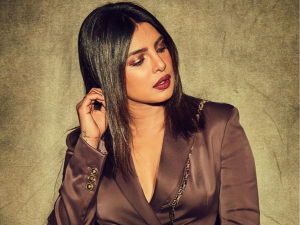 Priyanka Chopra S Metallic Brown Make Up Look For The Sky Is Pink Promotions