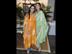 Athiya And Mana Shetty Set The Mother Daughter Fashion Goals