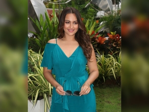 Sonakshi Sinha In A Gown At The Sun N Sand Hotel