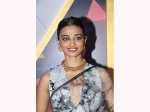 Breakthrough Artiste Of The Year Radhika Apte In Black And White Floral Sari At Ireel Award Show