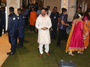 Anil Kapoor In A White Outfit For Ganesh Chaturthi Celebrations