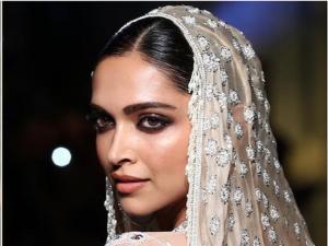 Deepika Padukone Flaunted Bronzed Make Up Look At Abu Jani Sandeep Khosla Show
