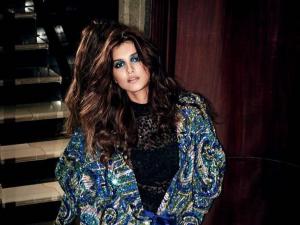 Tara Sutaria S Stuns In A Blue Eyeshadow Look In Her Latest Instagram Post