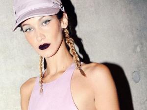 Get Bella Hadid S Bold Lip Make Up Look At Max Mara Show In Milan Fashion Week