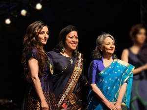 Sharmila Tagore And Soha Ali Khan Walked The Ramp At The India Fashion Week