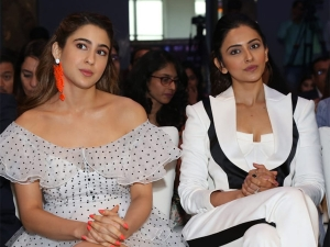 Sara Ali Khan And Rakul Preet Singh In White Outfits At Iifa Awards Press Conference
