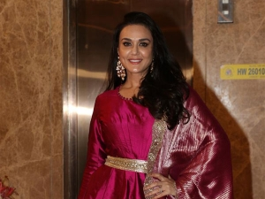From Rakul Preet Singh To Preity Zinta The Divas At A Diwali Party