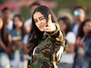 Pati Patni Aur Woh Actress Ananya Panday S Fashionable Outfits On Her Birthday