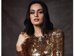 Manushi Chhillar In An Exotic Brown Make Up Look For The Vogue Women Of The Year Awards