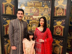Aishwarya Abhishek And Aaradhya Bachchan In Traditional Outfits