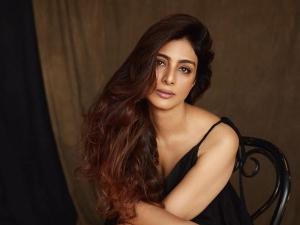 Six Inspiring Fashion Statements Of De De Pyar De Actress Tabu On Her Birthday