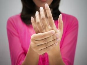 Paresthesia Causes Symptoms Risks Treatment