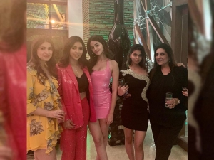 Suhana Khan S Expensive Balmain Dress For The New Year Party